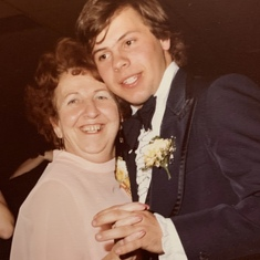 1979 - With mom at Bob and Paula's wedding