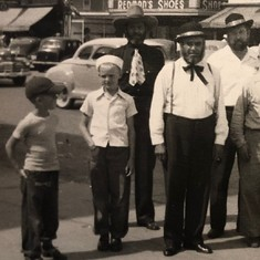 Dan and his brother David (Cork) are the two kids. Their Dad is at far right. Kearney, about 1950.