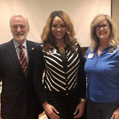 I had the pleasure of meeting Elisabeth and Dr. Misner at my first BNI National Conference in 2019.