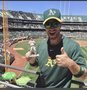 In case you didn't know, yeah, Eric was an A's Fan! Lol!  Green and Gold baby. Just like how I was raised in the 80s.
