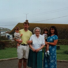 Mum with me, Jude and a young Loren and Josh