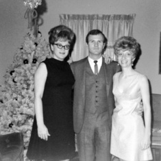 Glenn and Sue with his sister Carol.