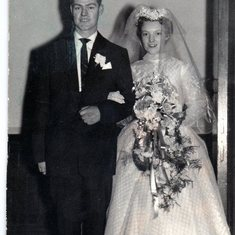 married to Moira Speirs Robertson 1958