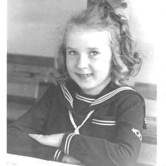 Here I am: 8 years old (:-)  I just learned how to scan pictures.....