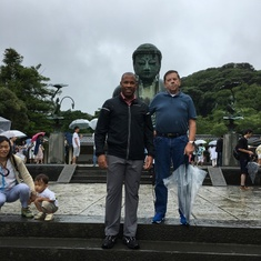 Jon and Kertreck on a rainy day at Kotoku-in Temple in Kamakura, Japan on August 16, 2017