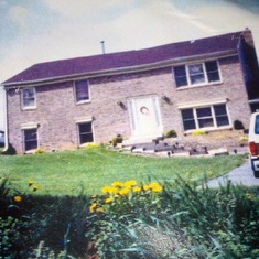 This is the house that Mom and Dad had built in Hagerstown Maryland.  We loved that house!