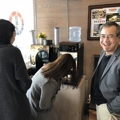 Lew was impressed by a free-coffee machine in restaurants in the RoK when he arrived at Songdo.