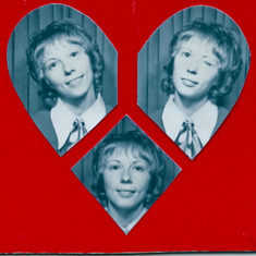 Marilyn James  in a photo booth to make a sweet card for her best friend.