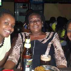 What did they say about knowing how to unwind every now and then? Mum with daughter, Yunis Bernard, and inlaw, Bar. Ngozi Igwe in Portharcourt