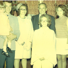 Gary was holding Sonya, mom and daddy. Golda and Sharon was standing in front of daddy at Muhlenberg Lutheran Church