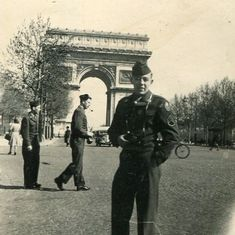 Dad in Paris