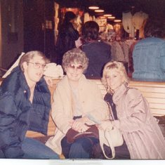 Rollie, Mom, Lori at our last visit before her death, Tulsa OK, 1986