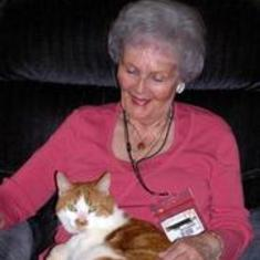 Mom and Ike the Magnifi-Cat