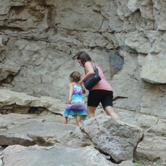 A hike trip with Anna to Johnston Canyon & Waterfalls in Banff national park - in Summer