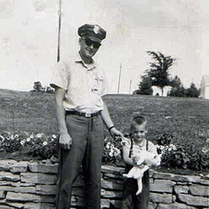 Tom in Pinkerton guard uniform (one of his many moonlighting jobs), with Kevin and Kitty, summer 1964