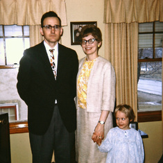 Easter 1967, Tom and Rena, with Patty Rose