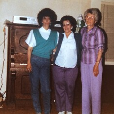 Trudy with daughter Evelyn and mother-in-law Pearl; Martinez, CA 1985