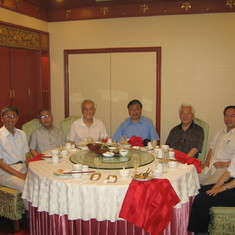 Winston joined his welcome dinner with IHEP research old friends in 2007